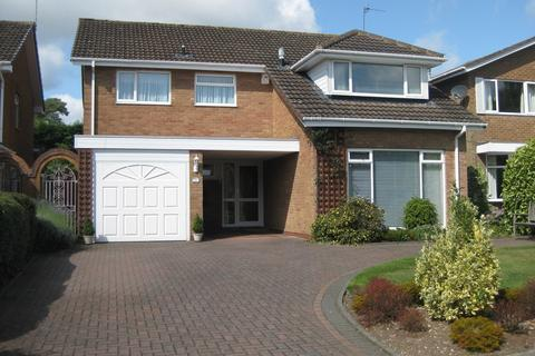 4 bedroom detached house to rent - Everitt Drive, Knowle