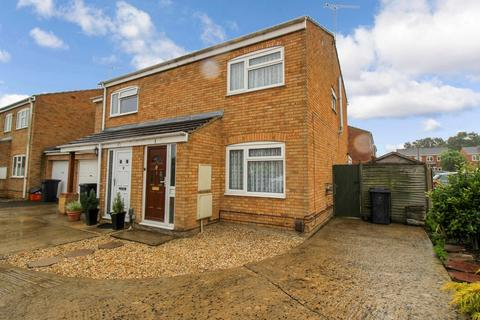 2 bedroom semi-detached house to rent - Desborough, Freshbrook