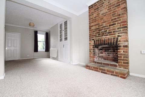 3 bedroom terraced house to rent - Gladstone Road, Tonbridge