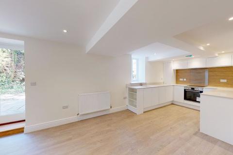 1 bedroom apartment for sale - Rye Road, Hawkhurst, Cranbrook