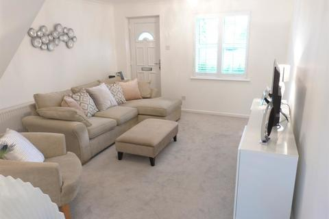 1 bedroom apartment to rent - Canterbury Road, Morden