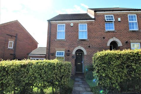 3 bedroom townhouse to rent - Chestnut Crescent, Kendray, Barnsley