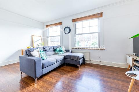 3 bedroom apartment to rent - Cheshire Road, Bounds Green, London
