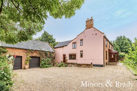 5 bedroom detached house for sale - School Lane, Worlingham