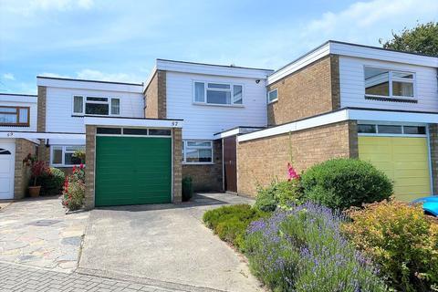 3 bedroom terraced house for sale - Ferndown Avenue, Crofton