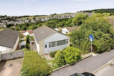 2 bedroom detached bungalow for sale - Higher Coombe Drive, Teignmouth