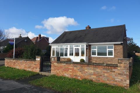 2 bedroom detached bungalow for sale - Sewerby Road, Bridlington