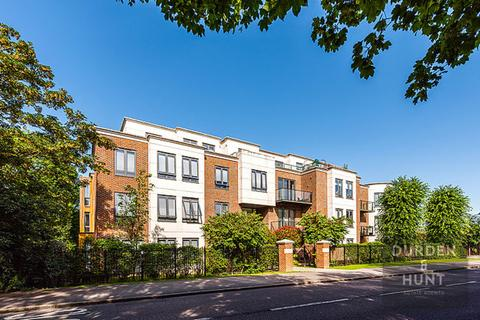 2 bedroom flat to rent - Eton Heights, Woodford Green, IG8