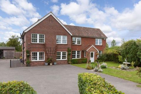 5 bedroom detached house for sale - Rowde, Devizes, Wiltshire, SN10 2LU