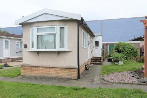 1 bedroom mobile home for sale - Longcroft Drive, Waltham Cross