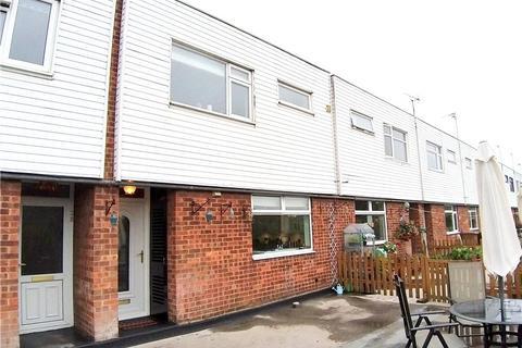 3 bedroom maisonette for sale - Chapel Side, Chapel Street