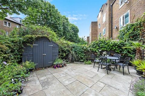 3 bedroom flat for sale - Navenby Walk, London E3