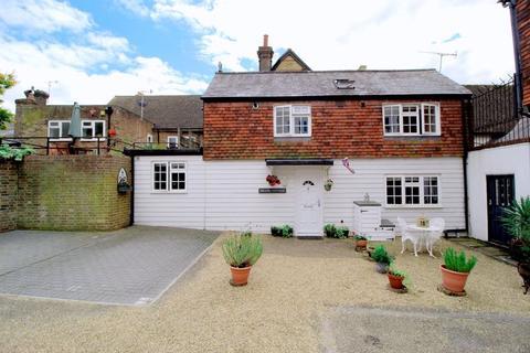 2 bedroom house for sale - High Street, Edenbridge