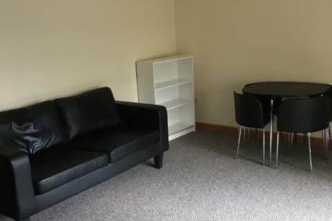 2 bedroom flat to rent - 225 Port Tennant Road - Top Floor