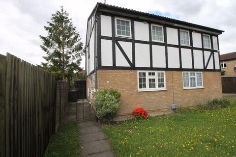 3 bedroom semi-detached house to rent - Beanley Close, Luton