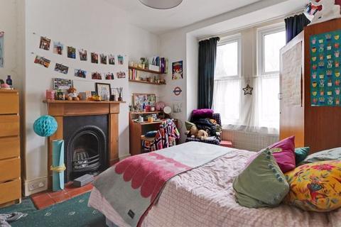 6 bedroom house to rent - Bernard Road, Brighton