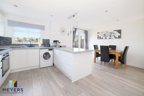 3 bedroom end of terrace house for sale - Samples Way, Canford Heath, Poole BH17