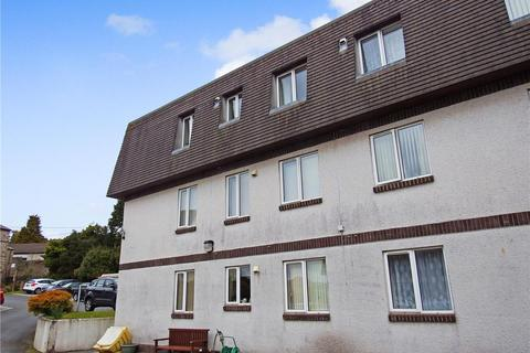 2 bedroom flat to rent - Trevarthian Road, St Austell, PL25