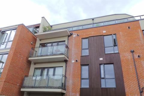 2 bedroom house to rent - Westnye House, 30 Haydon Place, Guildford