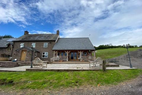 6 bedroom property with land for sale - Talybont-on-Usk, Brecon, LD3
