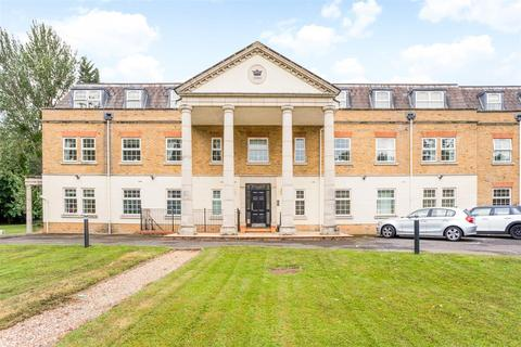 3 bedroom apartment for sale - Wellington Lodge, Winkfield