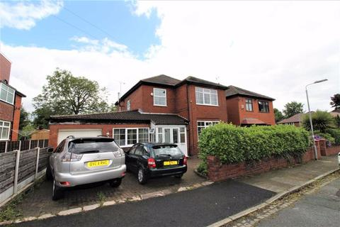 4 bedroom detached house for sale - Butt Hill Avenue, Prestwich