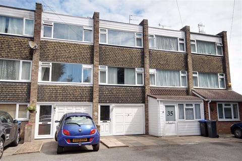 3 bedroom townhouse for sale - Grinstead Avenue, Lancing, West Sussex, BN15