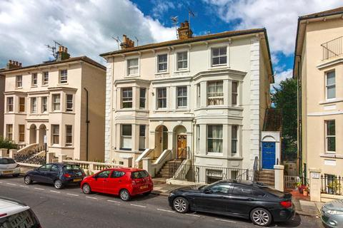 2 bedroom apartment for sale - Hova Villas, Hove