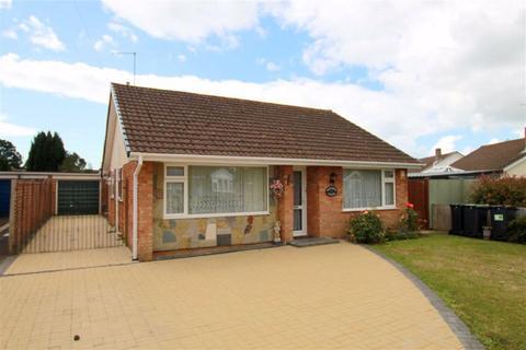 3 bedroom detached bungalow for sale - Havelock Way, Highcliffe, Christchurch, Dorset