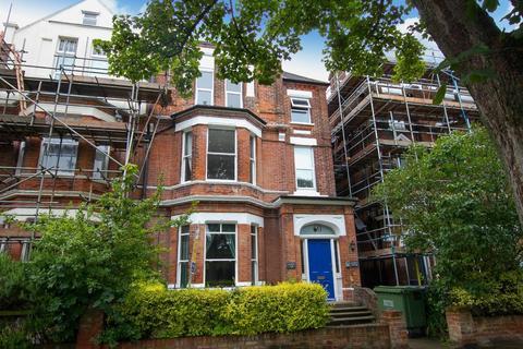 2 bedroom flat for sale - Bouverie Road West, Folkestone