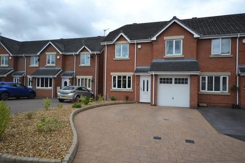 3 bedroom townhouse for sale - Fairford Close, Great Sankey, Warrington