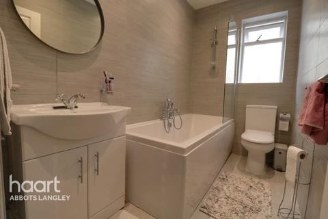 3 bedroom semi-detached house for sale - Hamilton Road, Kings Langley