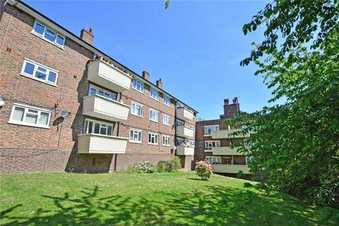 2 bedroom flat for sale - Baizdon Road, Blackheath, London, SE3