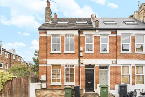 3 bedroom flat for sale - Kingswood Road, Brixton