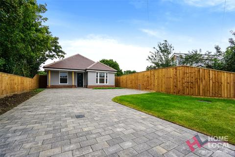 3 bedroom bungalow for sale - The Street, Little Totham, Essex, CM9