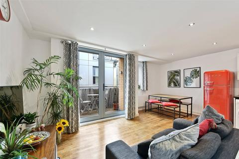 2 bedroom apartment for sale - Wadeson Street, Bethnal Green, London, E2