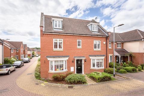 5 bedroom detached house for sale - Garrett Road, Little Canfield, DUNMOW, Essex