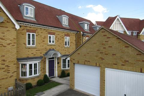 4 bedroom townhouse for sale - Hedgers Way, Kingsnorth, Ashford