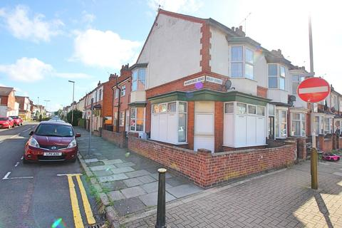 2 bedroom flat to rent - Wilberforce Road, West End, Leicester