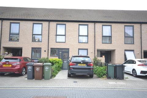 3 bedroom terraced house to rent - Krithia Road, Dagenham