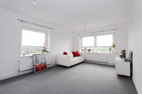 2 bedroom flat to rent - Gurnell Grove, London