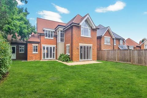 4 bedroom house to rent - Dormy Crescent, Ferndown, Dorset