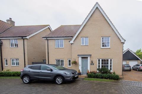 4 bedroom detached house for sale - Lingwood Close, Barningham, Bury St. Edmunds