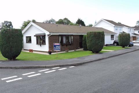 4 bedroom detached bungalow for sale - Llwyn Y Bryn, Ammanford