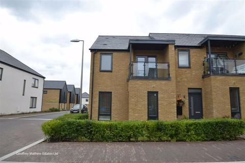 3 bedroom semi-detached house for sale - Barnsley Wood Rise, Newhall, Harlow, Essex, CM17