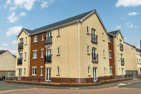 2 bedroom apartment for sale - Ffordd Cambria, Pontarddulais, Swansea