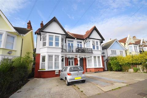 1 bedroom flat for sale - 19 Pembury Road, Westcliff-on-sea, Essex