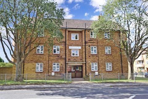 1 bedroom flat for sale - Purbrook Way, Havant, Hampshire