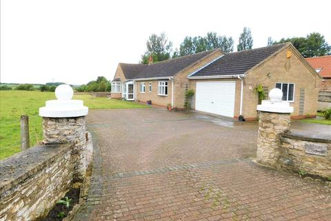 4 bedroom bungalow for sale - MOAT LODGE, MOAT HOUSE ROAD, KIRTON LINDSEY