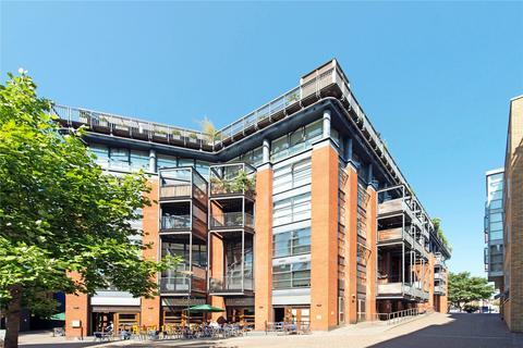 2 bedroom apartment for sale - Britton Street, EC1M